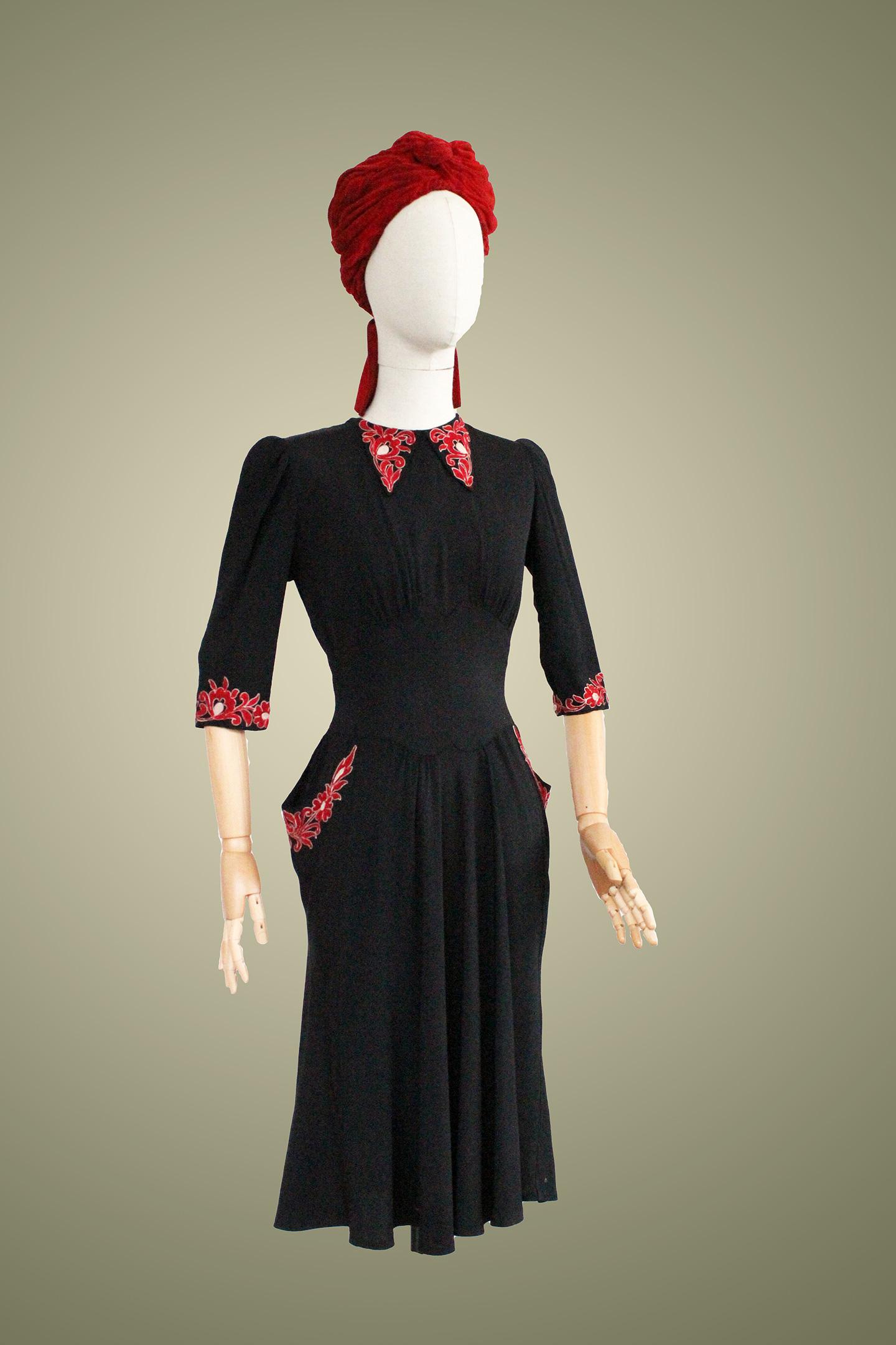 1930 1940 la compagnie du costume. Black Bedroom Furniture Sets. Home Design Ideas