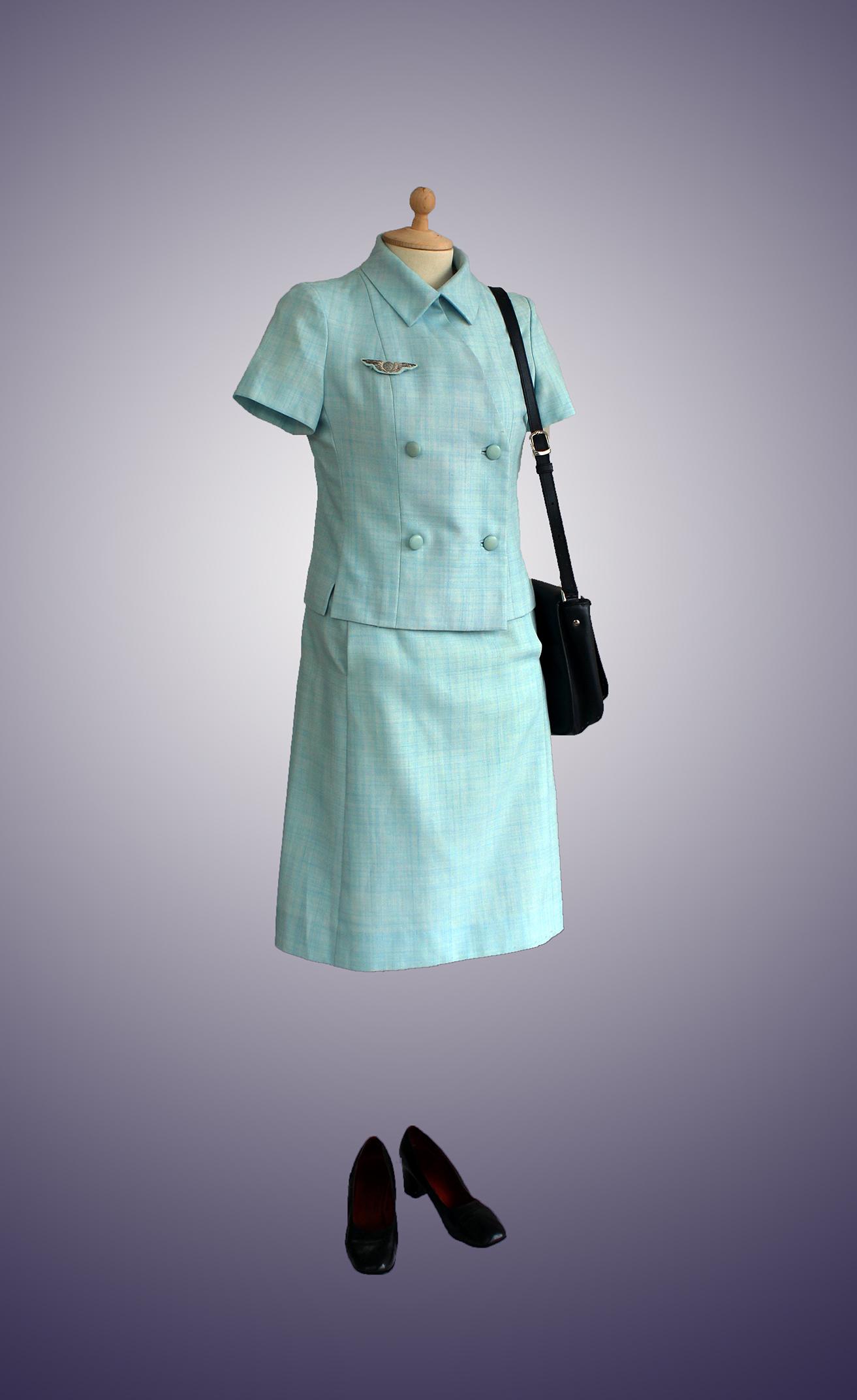 h tesse air france 1969 balenciaga tenue d 39 t bleue la compagnie du costume. Black Bedroom Furniture Sets. Home Design Ideas